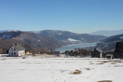Jezioro Międzybrodzkie widziane spod Hrobaczej Łąki