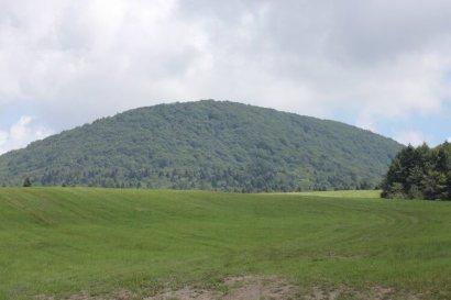 Lackowa - szczyt w Beskidzie Niskim