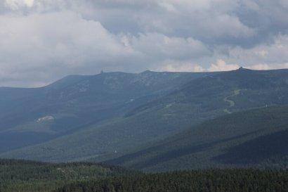 Widok na Karkonosze z Wysokiego Kamienia