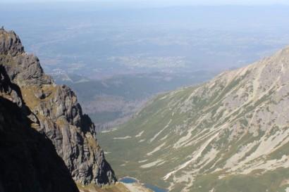 Widok z Przełęczy Zawrat na Czarny Staw Gąsienicowy