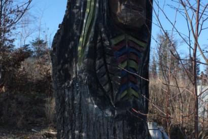 Drewniana rzeźba wiedźmy